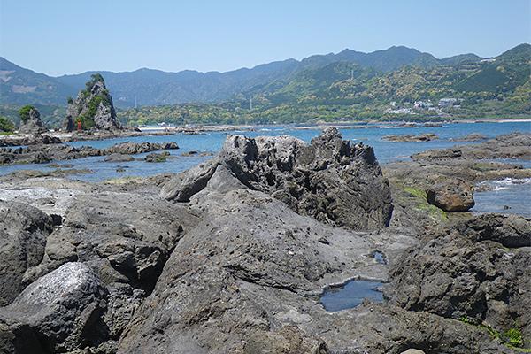 弁天島とお蛇浦