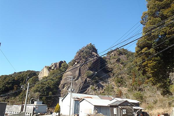 宇津木石採石場跡