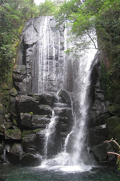 桑之木瀑布